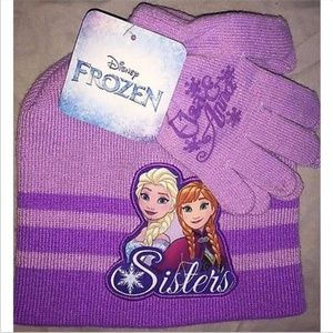 Frozen Girls Winter Hat & Glove Set NWT